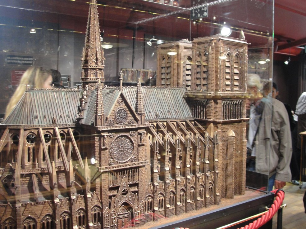 8 Notre Dame chocolate (2)