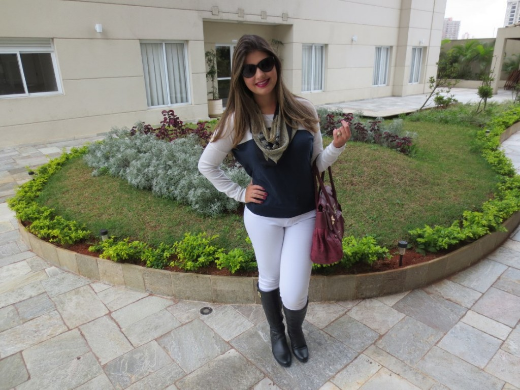 10 Looks com calça branca com bota marrom e onde Encontrar | Vestidos ...