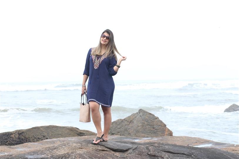 Look Saída de praia azul Shein (2)