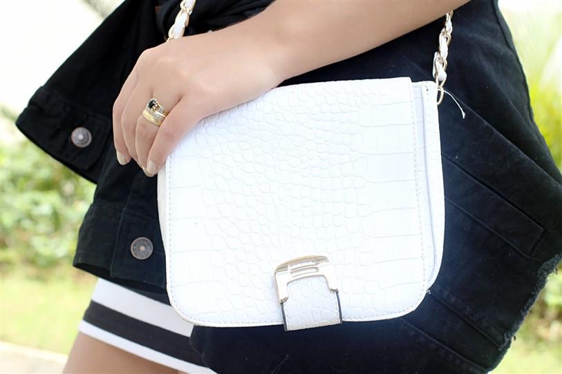 Look Vestido Preto e Branco com Tênis (8)